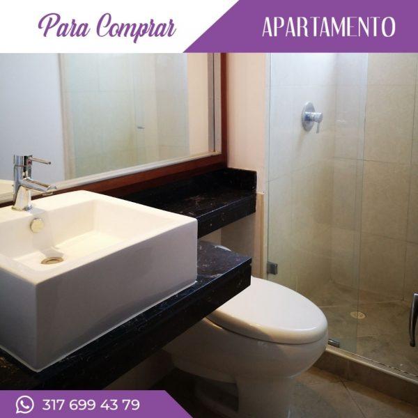 Apartamento en Cañaveralejo baño habitación principal con vestier